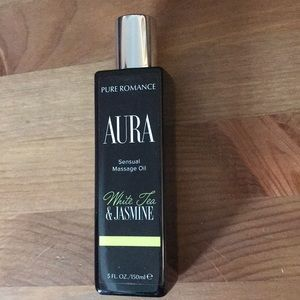 Aura massage oil